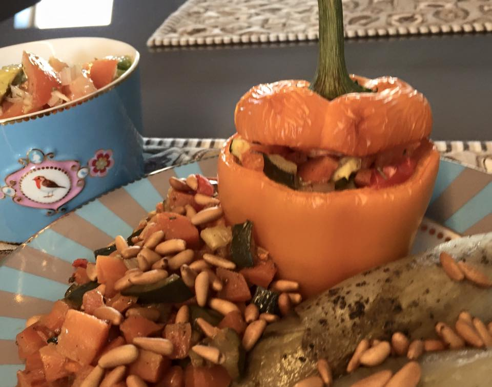 Gevulde paprika met witloof