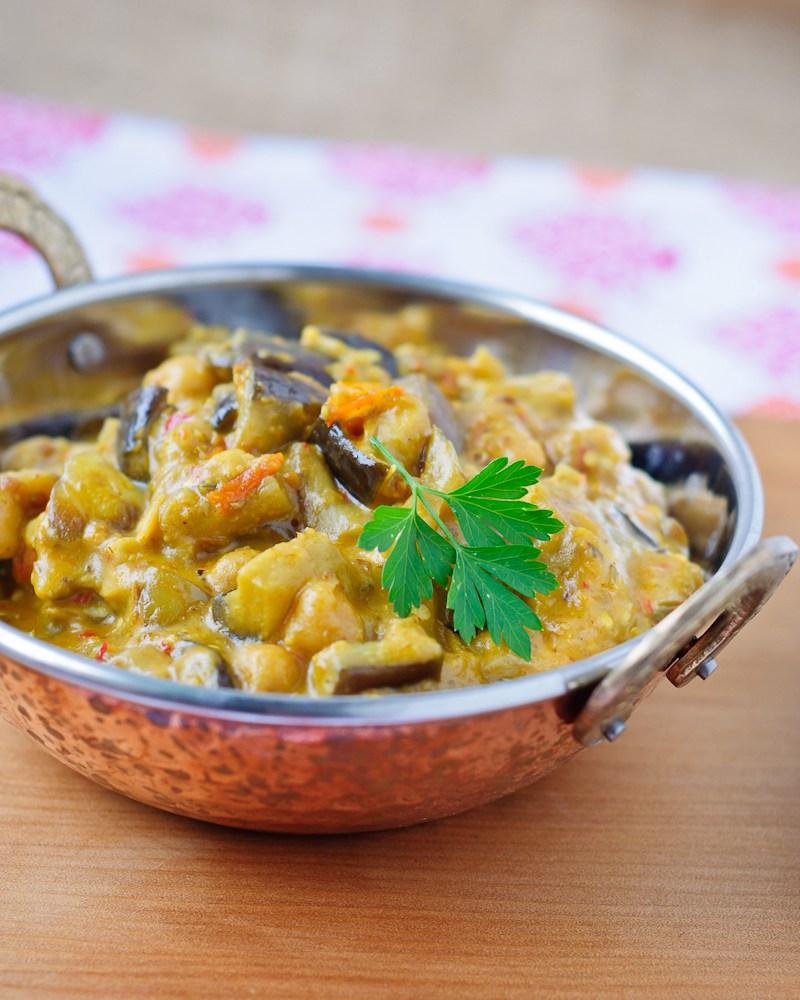Curry van aubergine en kikkererwten