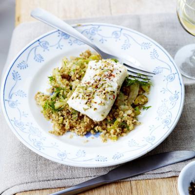 Kabeljauwhaasje op z'n Italiaans met een pilaf van quinoa met venkel