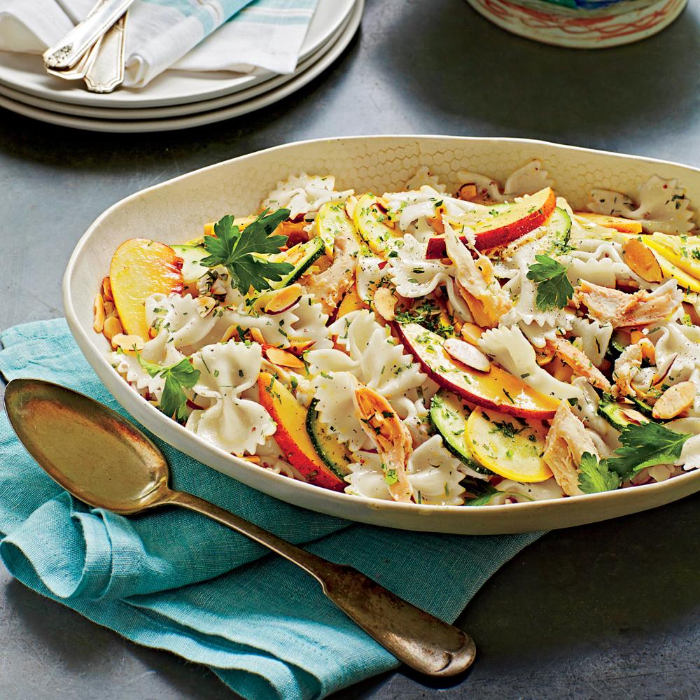Zomerse pasta salade met limoen vinegraitte