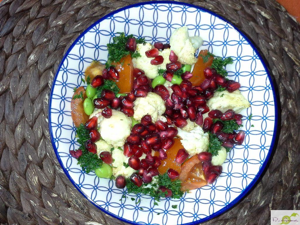 Geroosterde bloemkool met granaatappelpitjes