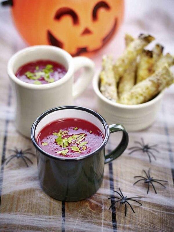 halloween soep van biet en pompoen
