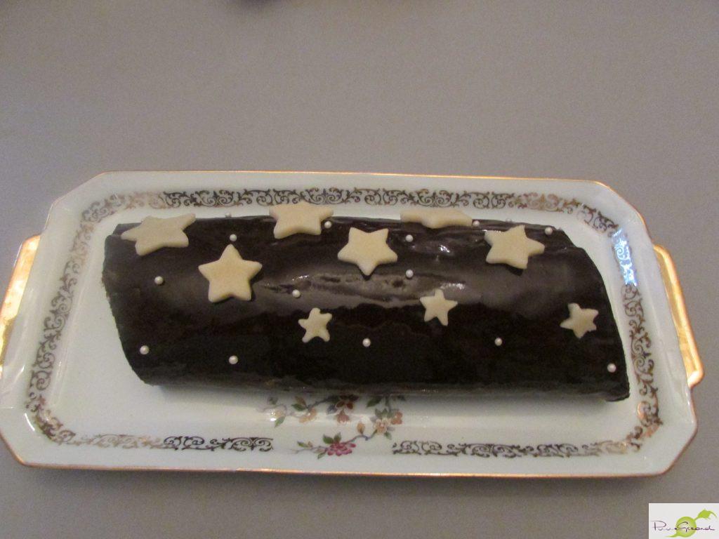 Kerststronk met chocolade