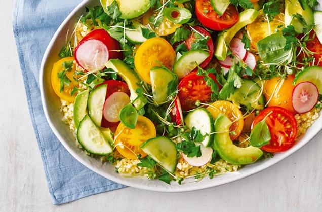 Bulgur salade met tomaten en avocado