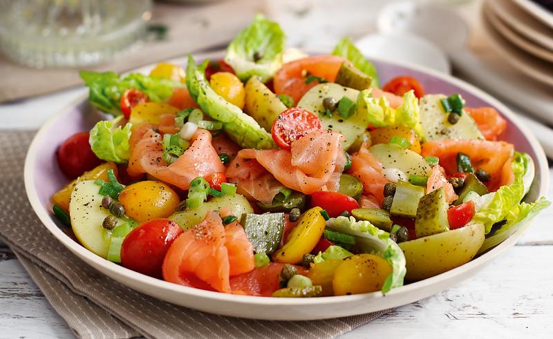Gerookte zalm - aardappelsalade