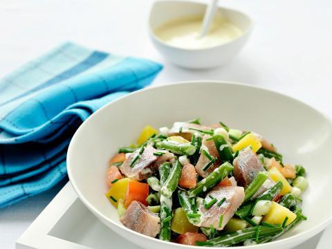 Salade van maatjes en groene boontjes