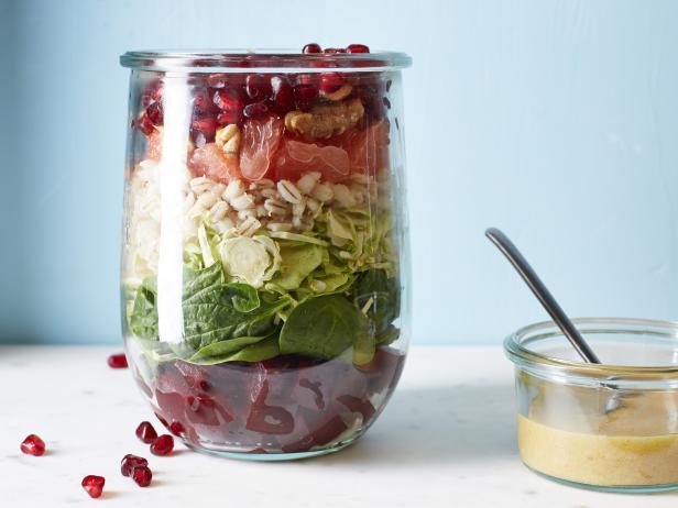 Bieten en Spruitjes Salade-in-een-Jar