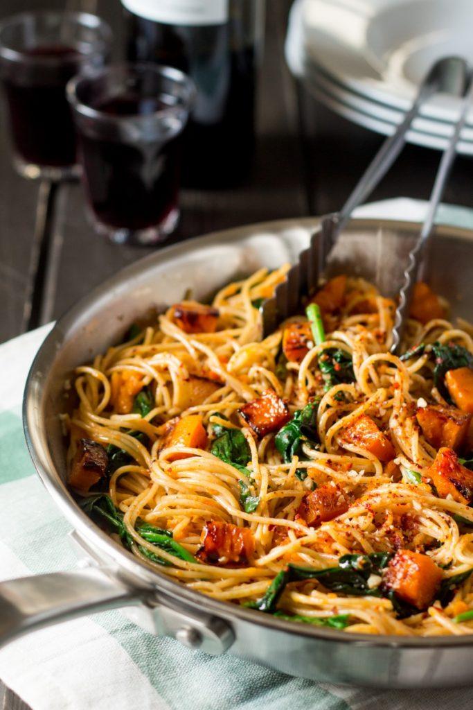 Spaghetti met pompoen - spinazie en walnoten