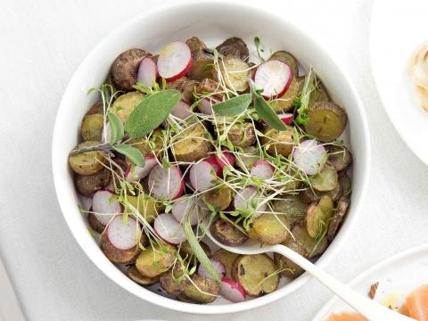 Geroosterde aardappeltjes met salie en venkelzaad